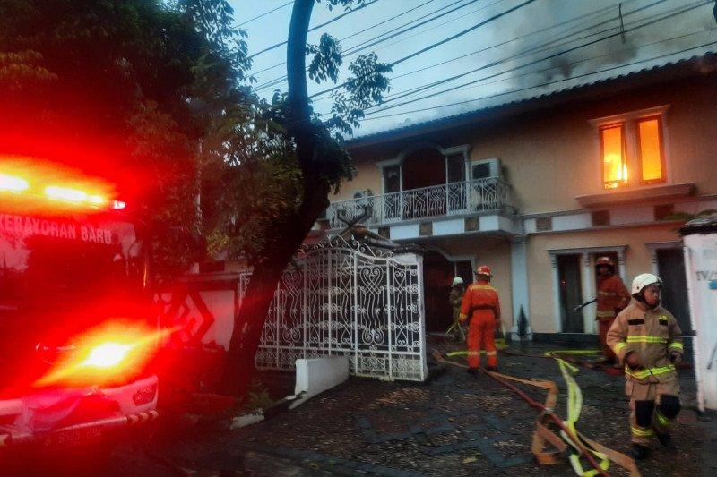 Rumah mantan Kapolda Metro Jaya Irjen Firman Gani di Jaksel terbakar