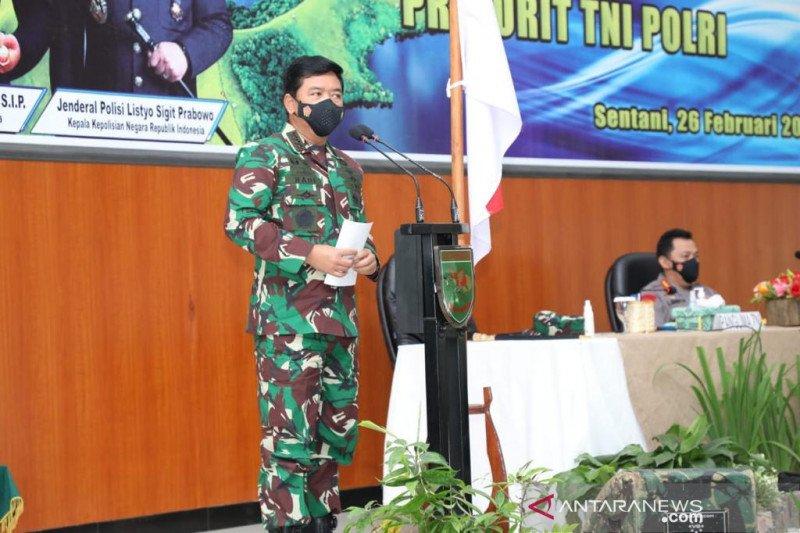 Panglima TNI-Kapolri mantapkan sinergi TNI-Polri di Papua