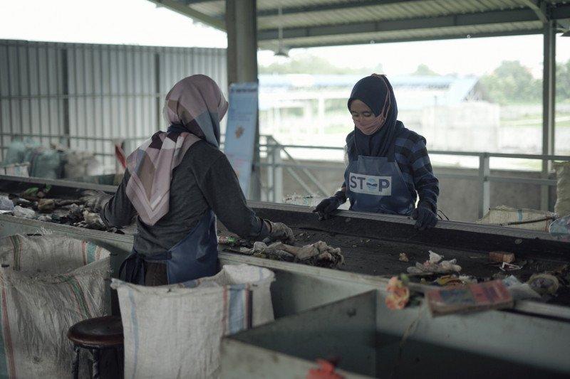 Kemenko Maritim tekankan pentingnya penanganan sampah dari hulu
