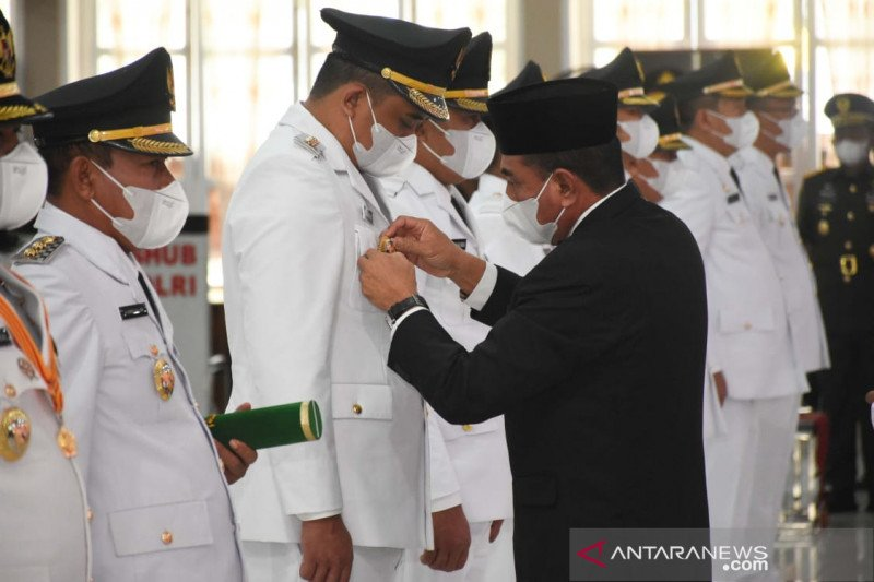 Gubernur lantik Wali Kota-Wawali Medan periode 2021-2024