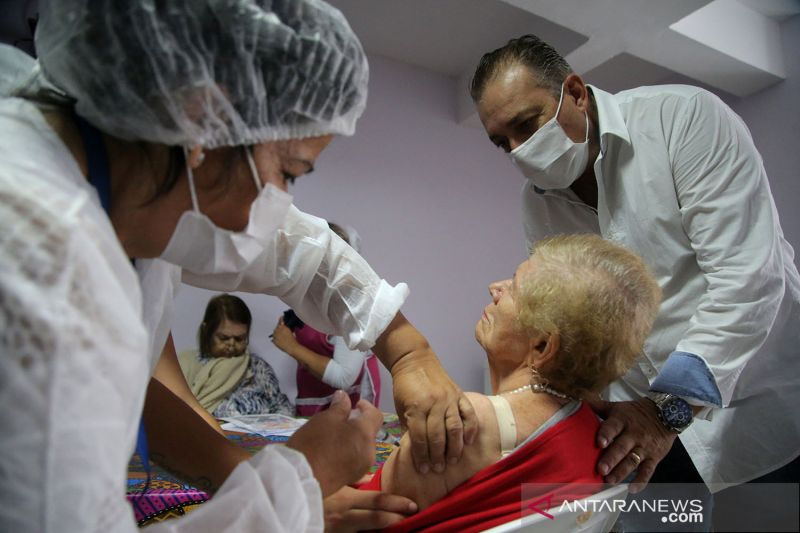 Brazil upayakan kesepakatan pengiriman lebih awal 20 juta vaksin AS