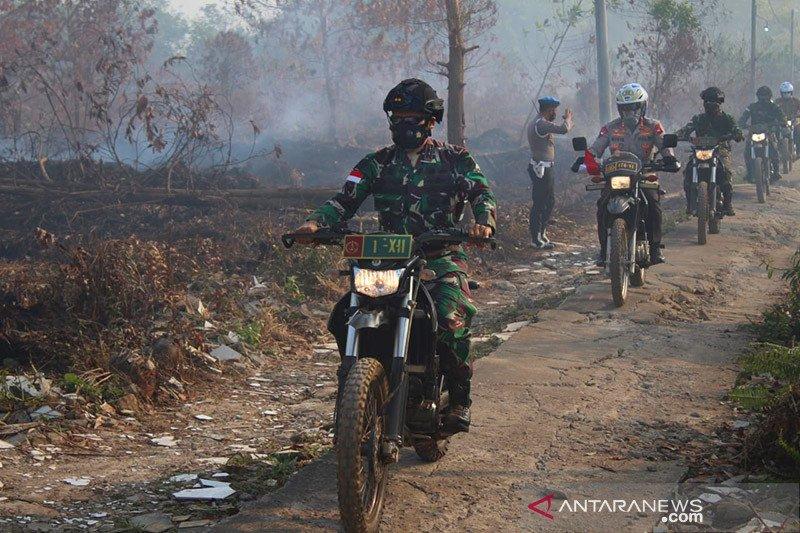 Pangdam Tanjungpura-Kapolda Kalbar tinjau lokasi Karhutla di Kubu Raya