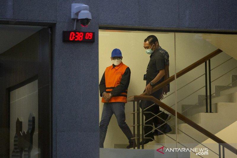 Hukum sepekan, polisi virtual hingga Gubernur Sulsel ditangkap KPK