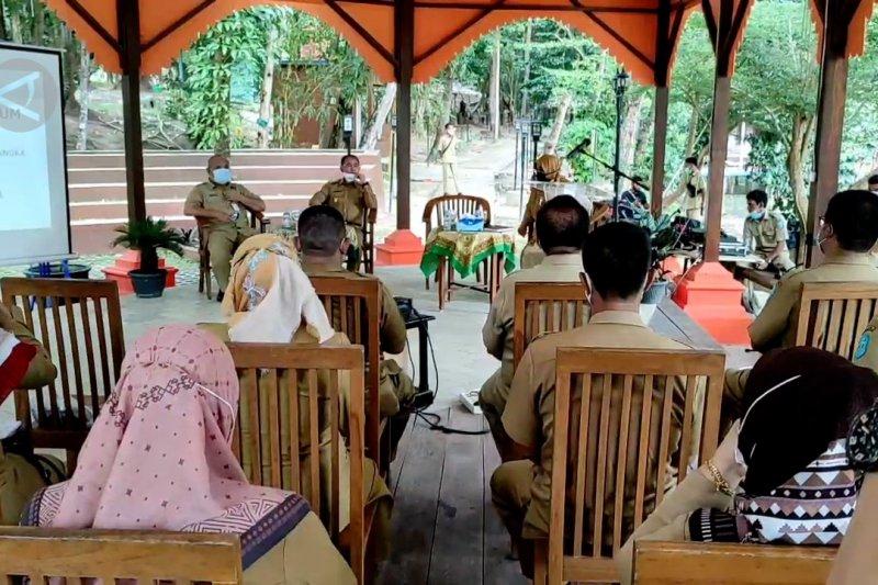 Pemkab Bangka gelar rapat di hutan kota