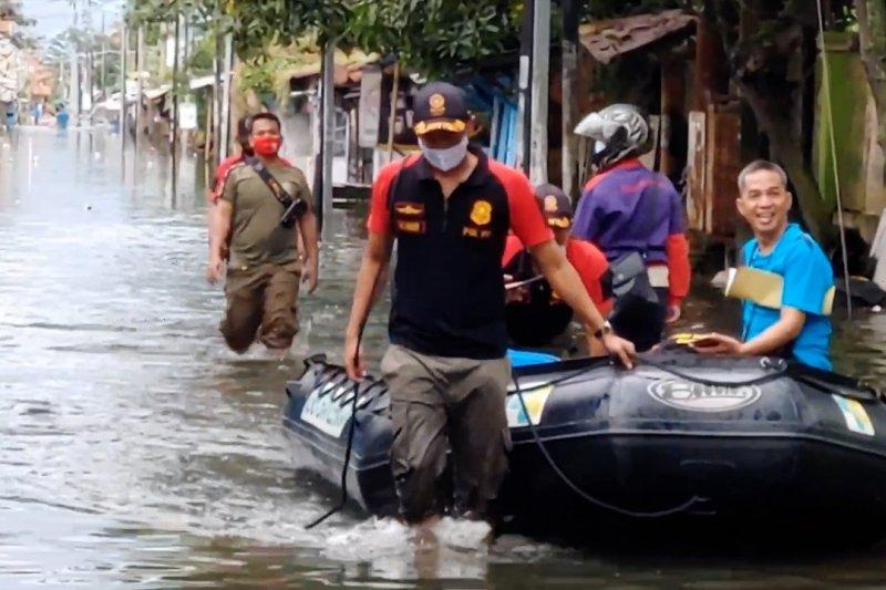 Banjir Pekalongan meluas, 17 kelurahan terdampak