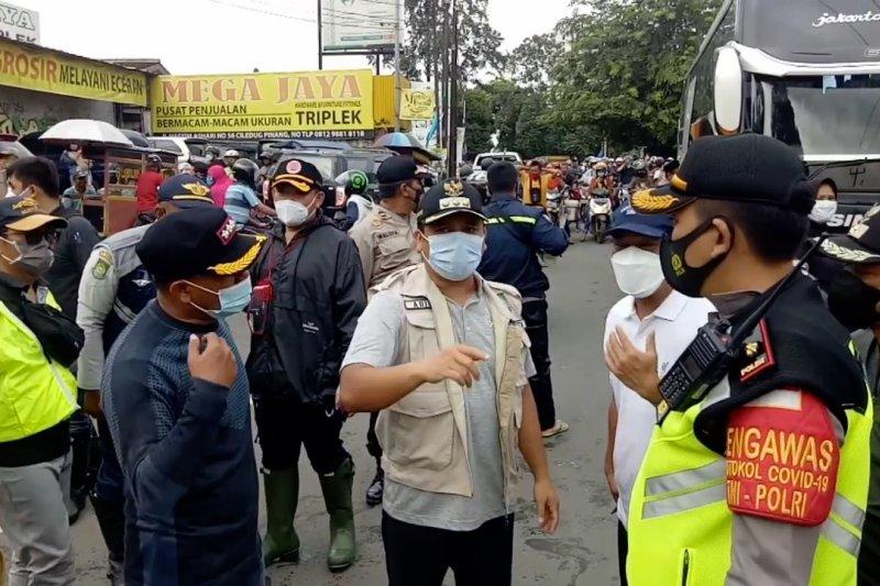 Kota Tangerang dikepung banjir, pemkot siapkan posko pengungsian