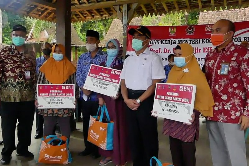 Menko PMK: Lulusan PKH prioritas dapat bantuan modal usaha