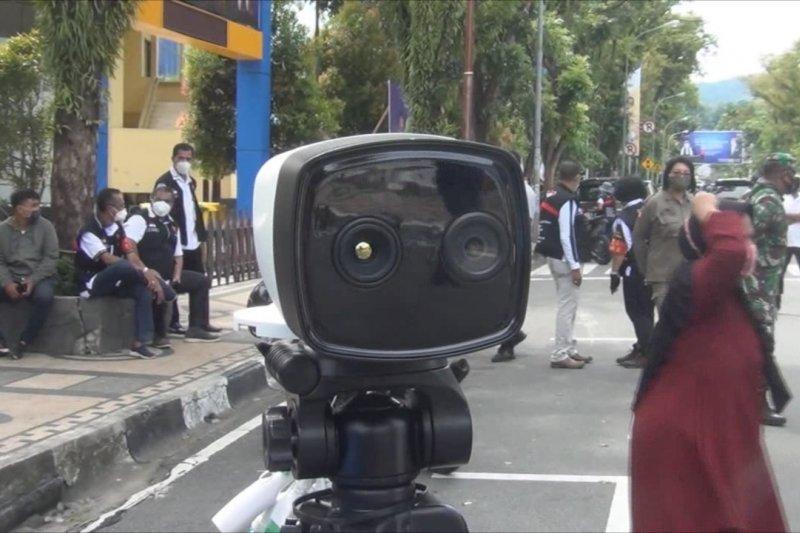 Pemkot Ambon gunakan CCTV Thermal Scan untuk pelanggar prokes