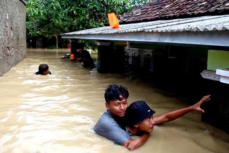 Banjir melanda 18 kecamatan di Indramayu