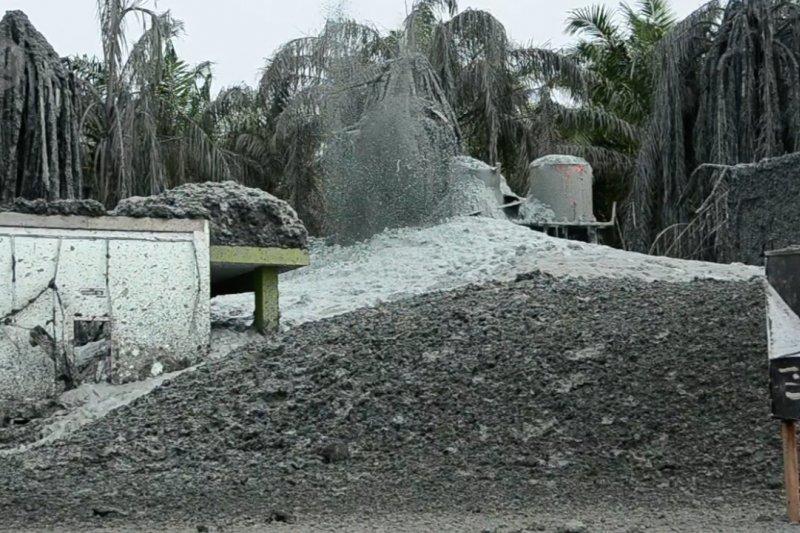 Siapkan suntik lumpur untuk hentikan semburan gas