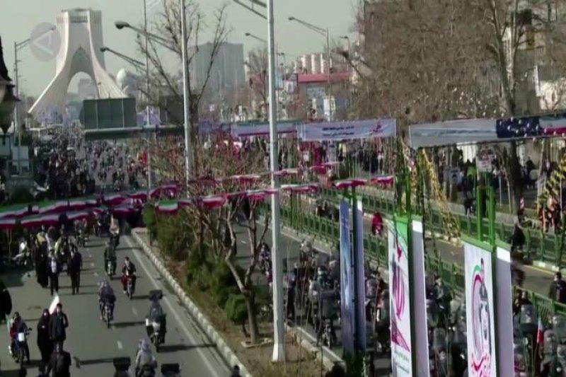 Semarak peringatan Revolusi Islam di Teheran
