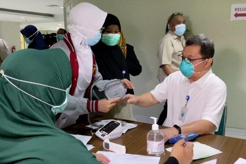 Vaksin Sinovac diyakini aman bagi lansia dengan beberapa catatan