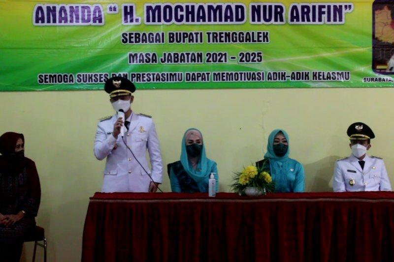 Bupati Trenggalek bernostalgia kunjungi SMAN 6 Surabaya usai dilantik