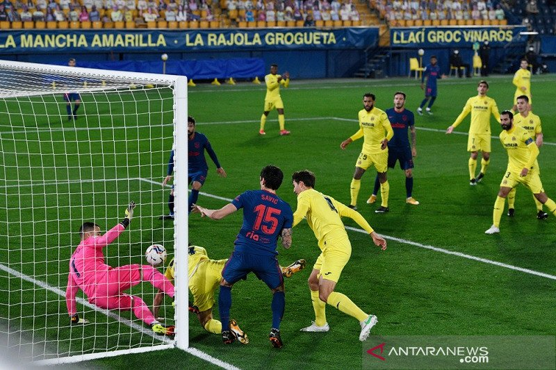 Gol bunuh diri warnai kemenangan Atletico di Villarreal