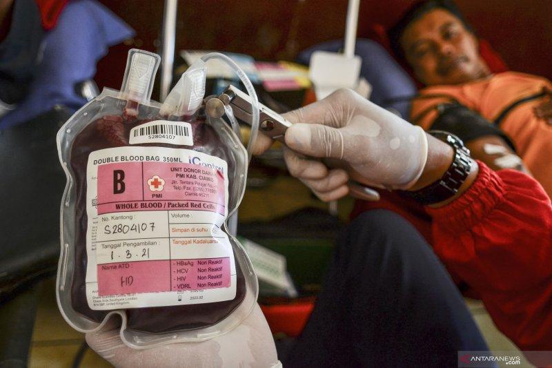 PMI kekurangan plasma konvalesen untuk golongan darah AB