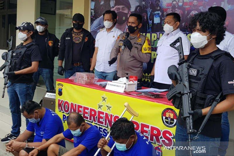 Perampas Rp429 juta uang setoran toko emas di Semarang diringkus