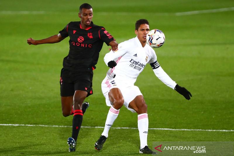 Real Madrid bermain imbang 1-1 lawan Real Sociedad