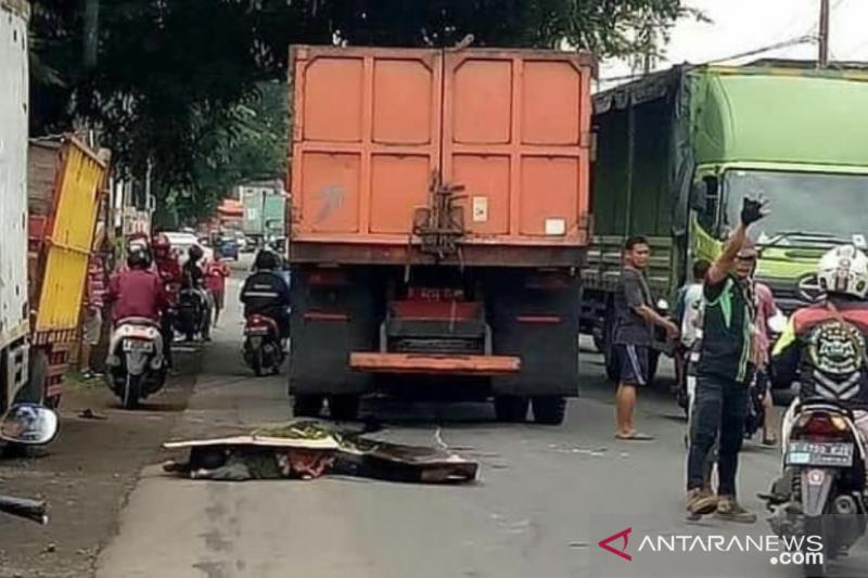 Dinas LH Jakut harap kecelakaan truk sampah diselesaikan kekeluargaan