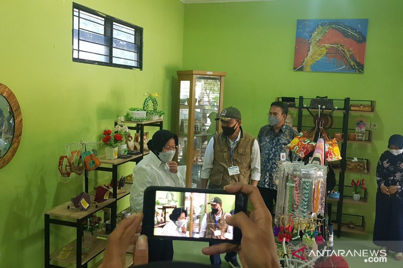 Mensos rancang balai layanan terpadu di Bekasi