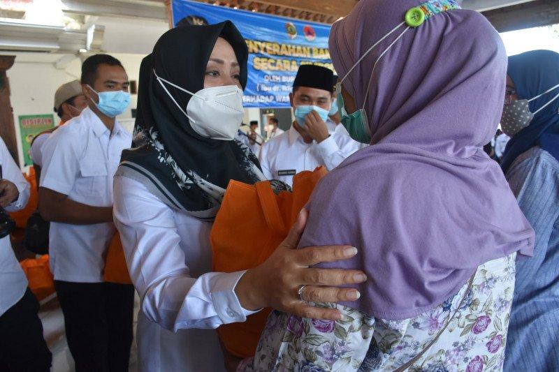 Pemkab Mojokerto berikan bantuan untuk korban banjir Tempuran