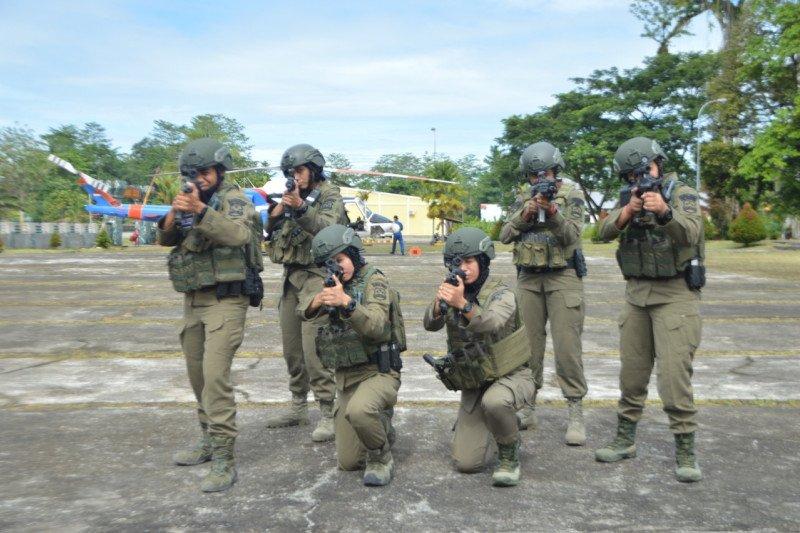 6 Polwan Brimob terbaik dikirim perkuat Operasi Nemangkawi Papua