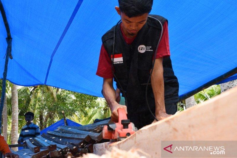 Inisiatif Zakat Indonesia siapkan 93 huntara penyintas gempa Sulbar