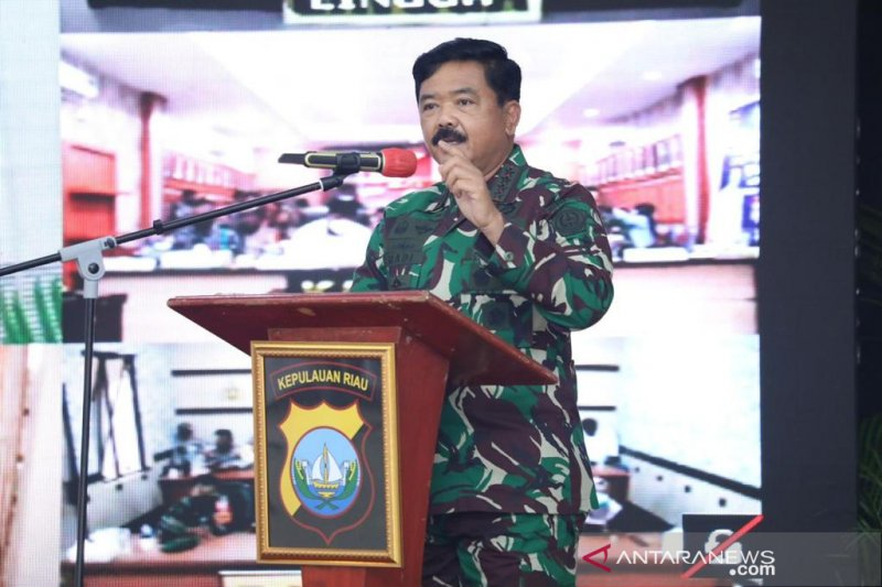 Panglima TNI sebut TNI-Polri ujung tombak tekan penyebaran COVID-19
