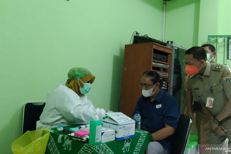 Realisasi vaksinasi COVID-19 untuk lansia di Jaksel capai 8,9 persen