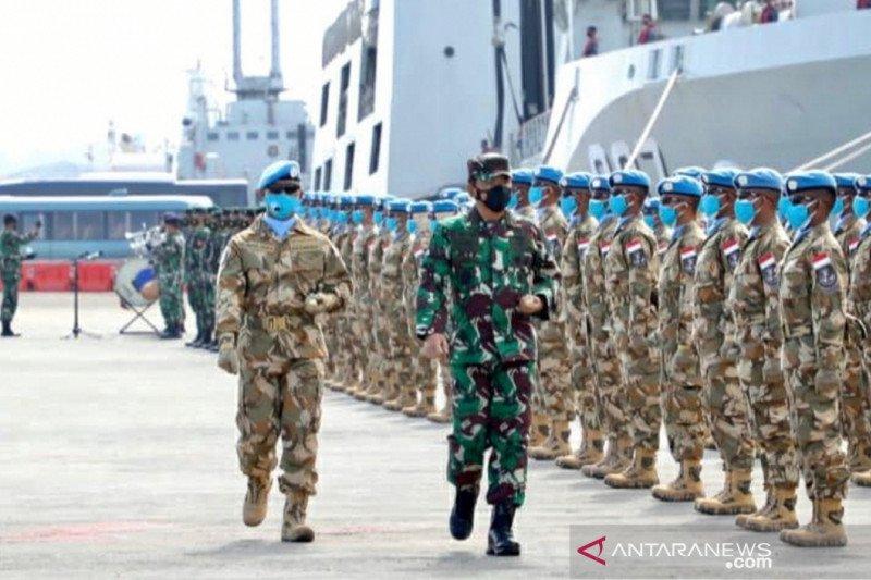 Panglima TNI melepas Satgas maritim TNI ke Lebanon