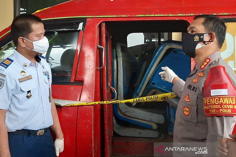 Kriminalitas kemarin, pencuri kursi TransJakarta hingga artis narkoba