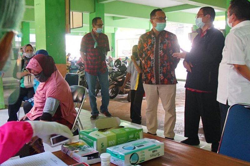 Wali Kota: Pedagang tetap terapkan prokes meski sudah divaksin