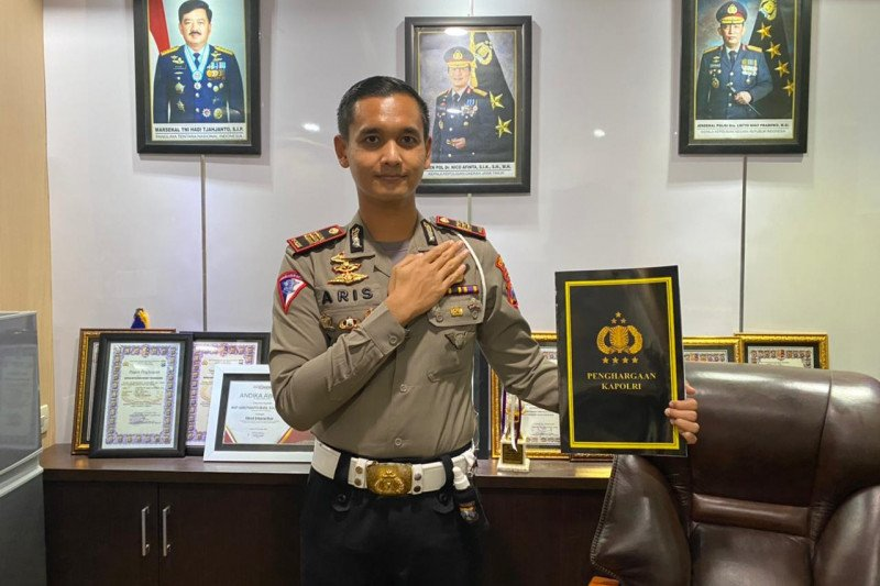 Inisiator TACS Polres Tulungagung raih pin emas Kapolri