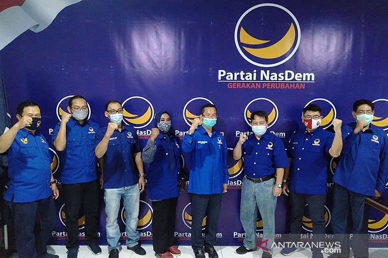 Empat eks politikus PSI dan PDIP Surabaya resmi gabung ke Nasdem