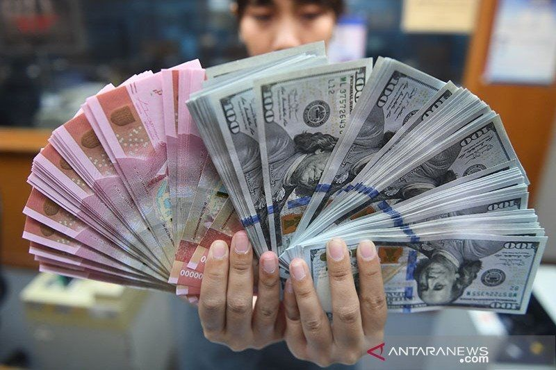 Rupiah Selasa pagi Rp14.258 per dolar AS