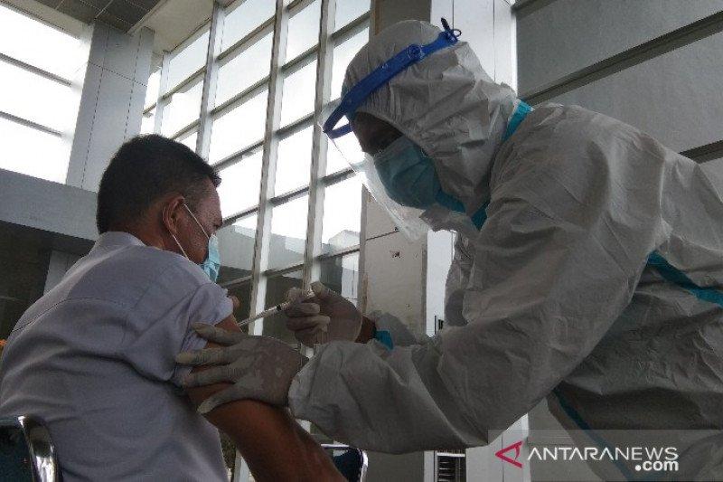 Vaksinasi tenaga kesehatan di Sulawesi Tenggara capai 99,35 persen