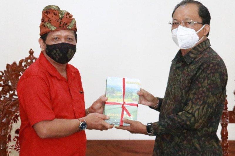 Gubernur Koster: Aksara Bali harus dimuliakan