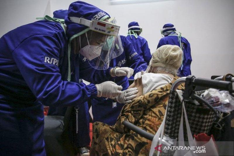 Kementerian BUMN perluas vaksinasi lansia bukan warga DKI Jakarta