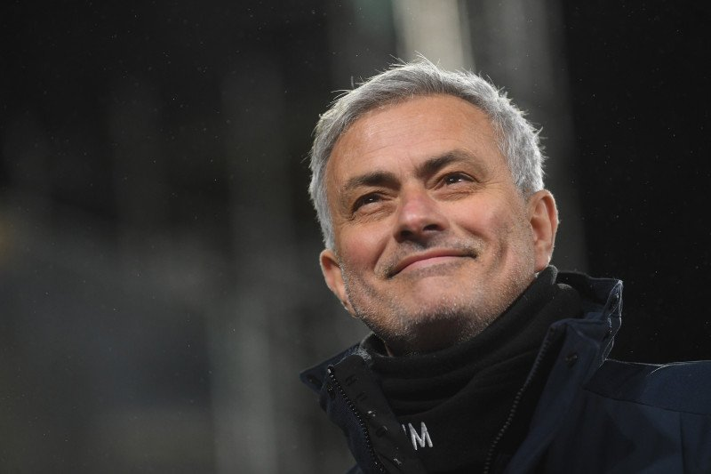 Mourinho bertekad hiasi tonggak karirnya dengan trofi untuk Spurs