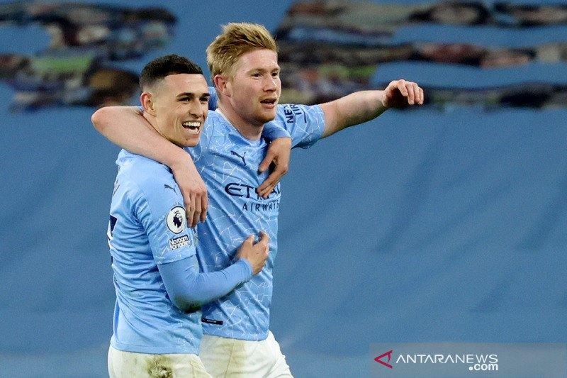City gasak Southampton 5-2