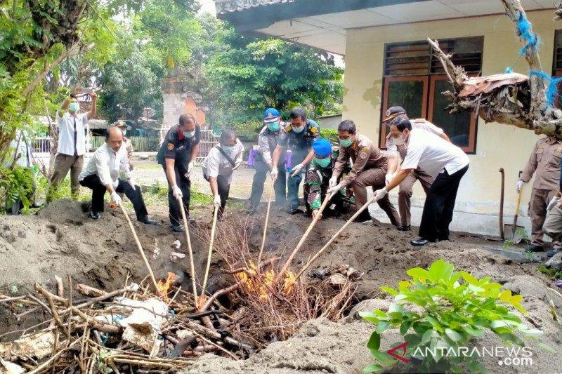 1,7 ton penyelundupan daging celeng digagalkan Karantina Denpasar