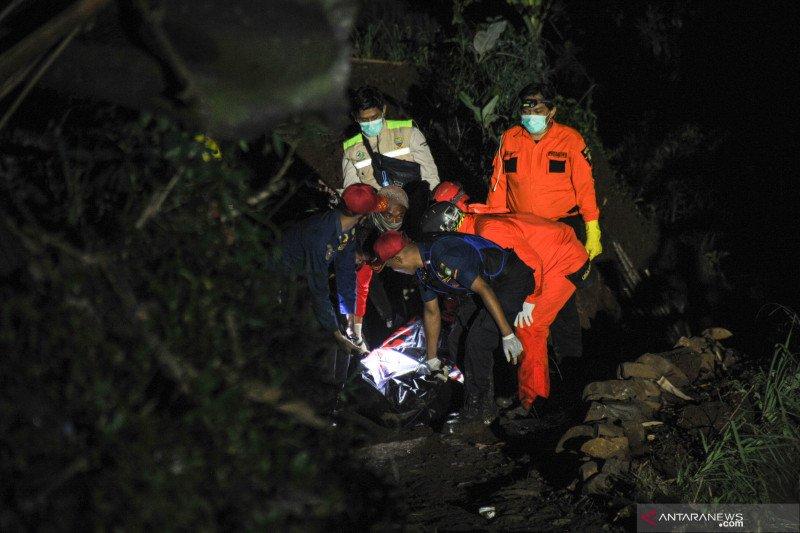 Kemarin, Kecelakaan maut di Sumedang hingga sinergitas cegah terorisme