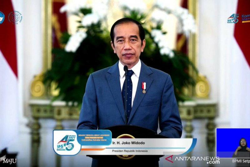 Presiden Jokowi minta UNS lakukan perubahan demi ikuti zaman