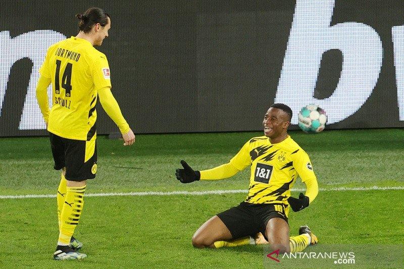 Dortmund dekati empat besar selepas menang atas 10 pemain Hertha