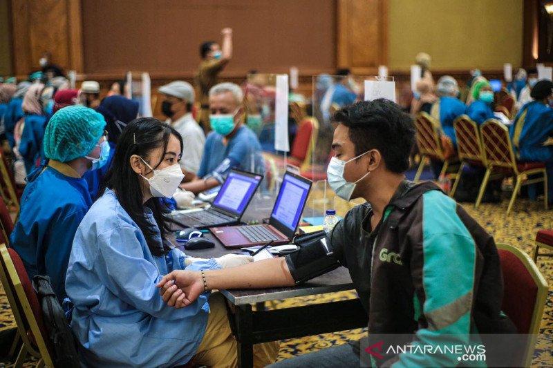 Vaksinasi tahap kedua di Kota Bogor, telah vaksin 17.983 orang