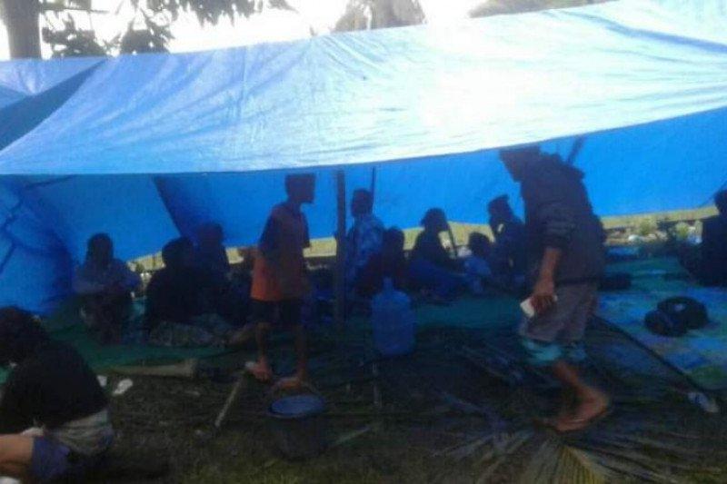 Tinggal di tenda darurat, pengungsi gempa di Sulbar masih 8.658 orang