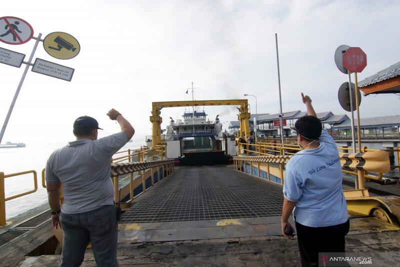 Pelabuhan Ketapang kembali melayani penyeberangan usai perayaan Hari Raya Nyepi