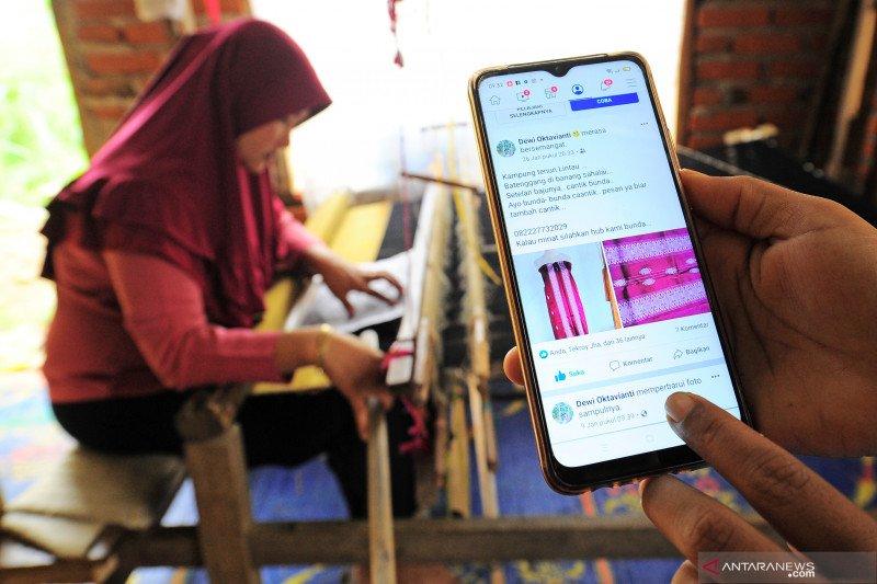 Perajin kain tenun Lintau di Tanah Datar hadapi masalah regenerasi