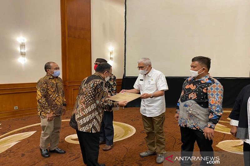 Kain Tenun Kumohu Buton Tengah resmi jadi WBTB di Indonesia