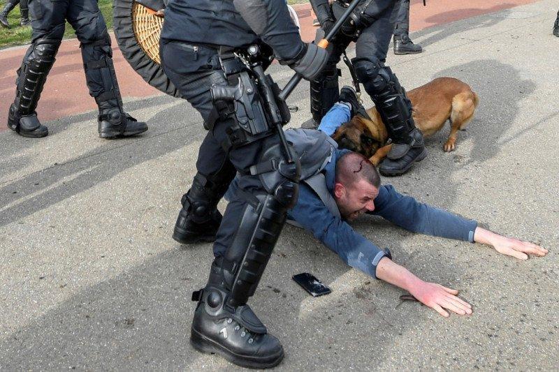 Warga Belanda hadapi kemungkinan perpanjangan 'lockdown'