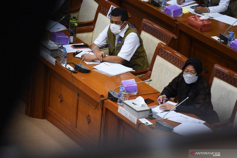 Rapat kerja DPR dengan pemerintah tentang anggaran penanggulangan bencana